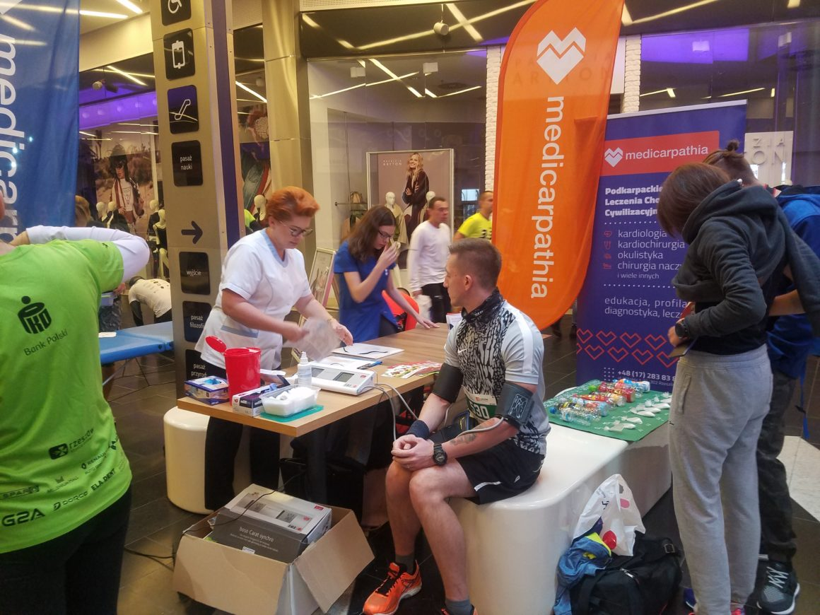 Medicarpathia wspiera biegaczy biorących udział w Biegu Niepodległości!